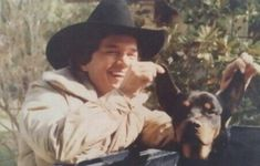 George Strait and his dog Young George Strait, George Strait Family, Country Musicians, Country Singers, Joyce Taylor, Lucky Ladies, Country Men, Army Veteran, Miranda Lambert