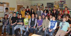 Herzlicher Abschied nach 2 Stunden intensivem Gesprächs an der Regelschule Uder / Eichsfeld / Thüringen / Deutschland.