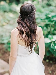 braided wedding hair, photo by Amy Arrington http://ruffledblog.com/georgia-wedding-with-the-ultimate-naked-cake #weddinghair #bridal #bridalhair