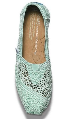 Toms® Outlet-Cheap Toms Shoes Sale Outlet Off Cheap Toms Shoes, Toms Shoes Outlet, Prom Accessories, Baby Girl Accessories, Lace Toms, Lace Flats, Bow Flats, Crochet Woman, Crochet Lace
