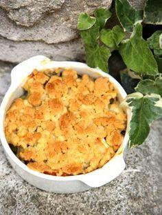 Crumble salé aux courgettes, chèvre et lardons - Recette de cuisine Marmiton : une recette