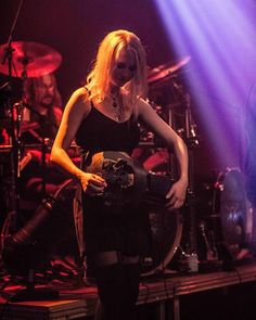 Happy me ~~~~~~~~~~~~~~~~~~~~~~~~~~~~~~~~~~~~~ Hurdy Gurdy, Concert Photography, Folk Music, I Am Happy, Drums, Stage, In This Moment, Metal, Im Happy