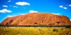 Australia on mantereen kokoinen valtio, joka pitää sisällään niin korkeita huippuja kuin värikkäitä koralleitakin. Rantapallo esittelee viisi kokemisen arvoista luonnonihmettä.