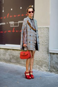 Milan Street Style – The Best Street Style From Milan Fashion Week Milan Street Style – The Best Street Style From Milan Fashion Week Milan Fashion Week Street Style, Street Style 2018, Looks Street Style, Street Style Trends, Spring Street Style, Milan Fashion Weeks, Cool Street Fashion, Street Chic, Look Fashion