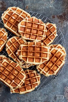Brunch Recipes, Sweet Recipes, Brunch Food, Netherlands Food, Bake My Cake, Bakers Gonna Bake, Good Food, Yummy Food, Pancakes And Waffles