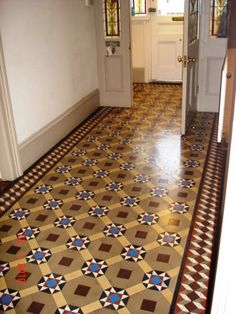 Victorian Terracotta Floor Tiles - The sort of flooring you pick for your bathroom determines the general appearance and f Victorian Hallway Tiles, Edwardian Hallway, Edwardian Haus, Tiled Hallway, Hallway Flooring, Flur Design, Tile Design, Coloured Skirting Boards, Hall Tiles