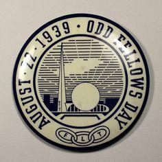 1939 New York World's Fair Odd Fellows Day pinback Streamline Art, Odd Fellows, Future Vision, World Of Tomorrow, Nyc, World's Fair, Vintage Ephemera, New York City, Art Deco