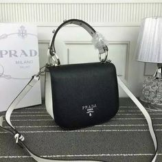 2016 Fall/Winter Prada Bicolor Pionnière Shoulder Bag in Black/White Grain leather