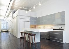 Slade Architecture: redesign & remodel of old industrial space in New York #kitchen