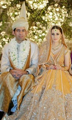 50 Colour Combinations For Bride And Groom Ideas Pakistani Wedding Bride Indian Bridal