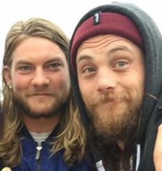 Jake and Ben. Two of my favorite animals. Deran And Adrian, Animal Kingdom Tv Show, Jake Weary, Finn Cole, Family Affair, Man In Love, Girls Be Like, Man Crush, Pretty Boys
