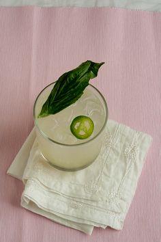 La Flama Blanca: A Fizzy Lime & Basil Mezcal Cocktail