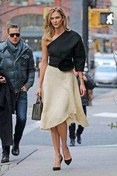 Karlie Kloss Vestido Bicolor