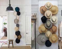 Digamos que você possui uma coleção de chapéus e não sabe o que fazer com eles, já pensou em decorar uma parede de casa com este acess...