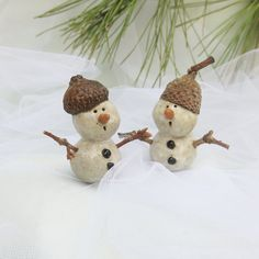 Never alike, your snowboy will have his own distinct personality. Real twig arms and an acorn cap are little details I found outside my studio door. / Handmade Pottery by TuppersPerch