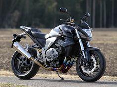 R's Gear Wyvern/Sonic for Honda CB 1000 R