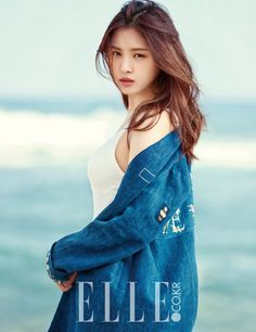 'Elle' drops the full pictorial of Na-Eun in Hawaii   http://www.allkpop.com/article/2016/03/elle-drops-the-full-pictorial-of-na-eun-in-hawaii