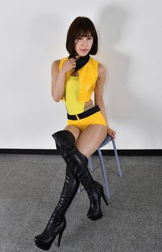 Asian Woman, Asian Girl, Blake Lovely, Hot Japanese Girls, Thigh High Boots Heels, Grid Girls, Costume, Great Legs, Sexy Boots