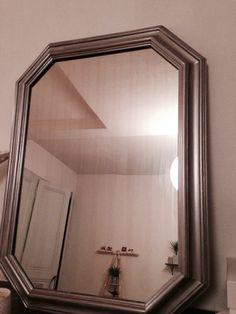 Miroir argent : vieux miroir blanc chiné en brocante, puis repeint
