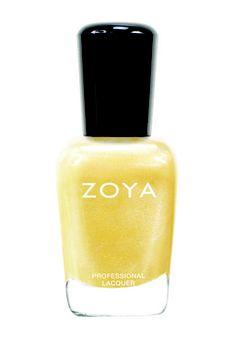 PIAF ZP652 è un giallo con opalescenze metalliche, l'evoluzione primaverile della tendenza oro che ha spopolato in inverno. Questa la proposta di Zoya nella collezione Lovely Collection per la prossima primavera (14 €)