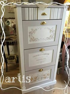 Redo Furniture, Diy Furniture Projects, Repurposed Furniture, Small Furniture, Whimsical Painted Furniture, Refinishing Furniture, Decoupage Furniture, Recycled Furniture, Home Decor Furniture
