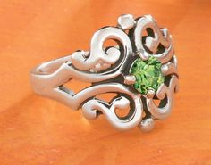 Summer Collection - Spanish Lace Ring with Peridot #JamesAvery