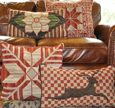 Locker Hooking, Rug Hooking, Wool Pillows, Cushions, Traditional Rugs, Cross Stitch Designs, Textiles, Quilts, Blanket