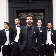 Groom in all black to stand out! Photography: Rachel Jay of France Photographers