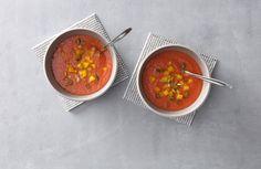 Snelle gazpacho met tomaat, komkommer en paprika