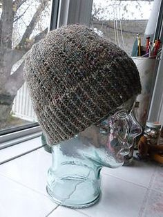 I hope you like this simple hat pattern which knits up quickly and promises to keep you warm.