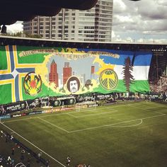 Portland Timbers defeat Seattle Sounders 2-1. #RCTID #cascadia #tifo