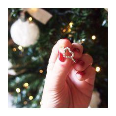 ♡ il Natale passa... ...i regali fatti con il cuore restano  #myPANDORAgift #Pandora @officialpandora ~ this pic is mine ~