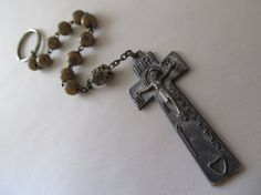 Vintage Irish Penal Finger Rosary Keychain 1 by RetroRoadshow Sterling Sliver, Etsy Vintage, Antique Jewelry, Irish, Finger, Buy And Sell, Beads, Antiques, Handmade
