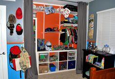 kid's room with open closet