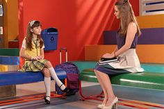 Cap2: Professora Helena pede para Maria Joaquina dar uma chance a Cirilo
