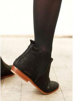 Chelsea boots by Sezane