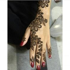 • @cover.21 @cover.21  @cover.21  #حناء#حنايات#الحناء#رسم#نقش#فن#موضه#ديزاين#الامارات#ابوظبي#مشاركه#دبي#تصويري#عدستي#العين  #صالونات#ذهب#عروس#فساتين#عبايات#  #قطر#البحرين#عمان#heena#henna_art#design#uae#mehemdi#hudabeauty#jumeirah
