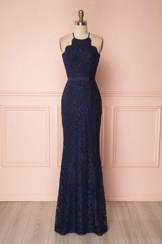Navy blue lace mermaid halter dress with scallops details for prom, bridesmaids, special occasions - Robe licou sirène de dentelle bleu marine à détails festonnés pour bal, demoiselles d'honneur, occasion spéciales