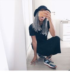 Gray box braids