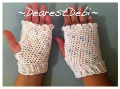Hook up a quick and easy Fingerless Gloves pattern using cotton. http://dearestdebi.com/fingerless-gloves