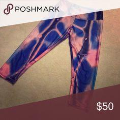 Onzie workout pants Bubblegum colors, super comfortable! Onzie Pants Capris