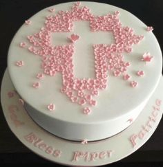 I always get stuck on designs for baptism and communion cakes. This is a nice version of a christening Cake Cookies Roses, Christening Cake Girls, Girl Baptism, Baptism Cakes, Simple Baptism Cake, Baptism Desserts, Baptism Party, Baptism Ideas, White Chocolate Mud Cake
