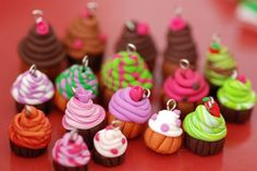 fimo cupcakes - compare to other tutorial I have