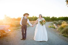 Photo by: http://lizbasseystudios.com/ sunset bride and groom pic- country wedding at Historic Oakdale Ranch