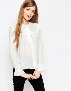 Search: pussy bow blouse - Page 1 of 1 | ASOS