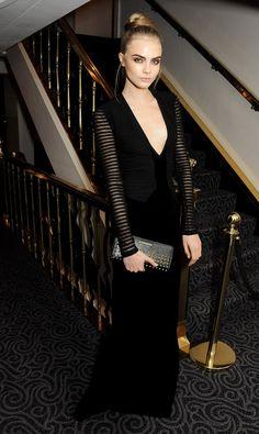 From sparkyourcreativity.tumblr.com Black Dress #2dayslook #sunayildirim #BlackDress www.2dayslook.com