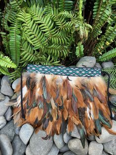 Natural rooster coque Kākahu that can be used for a newborn or covering Māori Taonga pieces. Any colour or size korowai can be made to order. Polynesian Designs, Maori Designs, Maori Patterns, Maori Art, Fun Crafts, Feathers, Rooster, Wedding Gowns, 50th
