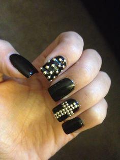 Gothic nail arts