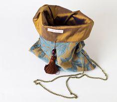 My Bags, Purses And Bags, Diy Coin Purse, Diy Mode, Boho Bags, Gold Work, Simple Bags, Cute Bags, Beautiful Bags