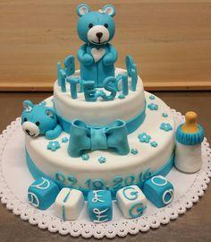 Torta per battesimo con orsetti.